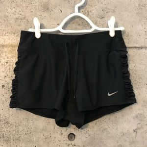 🎈3/$30 Nike Dri-fit ruffle side shorts XS